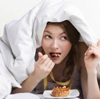 Ternyata Makan Sebelum Tidur Punya Beberapa Manfaat Lho, Salah Satunya Dapat Mengatur Gula Darah