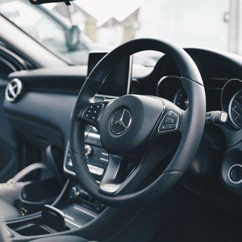 Pengusaha Rental Mobil Harus Memutar Otak Menghadapi PPKM Level 4