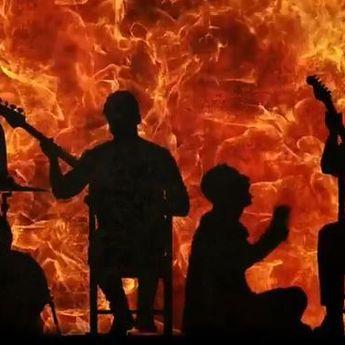 Jelang Album 'Everyday Life', Ini Lirik Lagu 'Orphans' Milik Coldplay