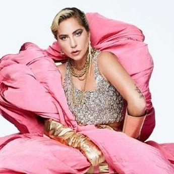 Lady Gaga Terpaksa Batalkan Konser 'Enigma' Karena Infeksi Sinus