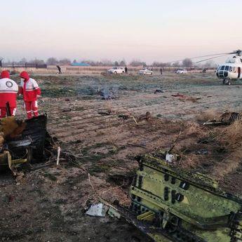 Pesawat Boeing 737 Jatuh di Iran, Seluruh Penumpang Dinyatakan Tewas