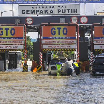 Banjir, PT Jasa Marga Informasikan Sejumlah Titik Genangan di Jalan Tol sekitar Ibu Kota