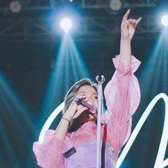 Lirik Lagu 'Merah Jambu' Milik Jebolan Indonesian Idol, Marion Jola