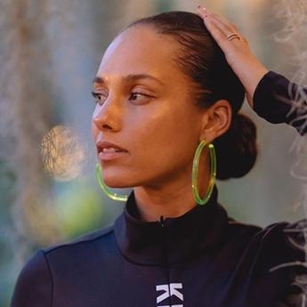 Lirik Lagu 'Underdog' Milik Alicia Keys, Lengkap dengan Terjemahannya