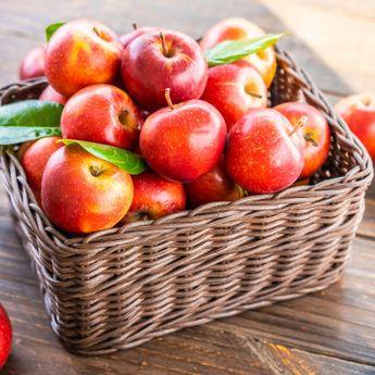 7 Jenis Sayur dan Buah Ini Sebaiknya Tidak Dikupas Sebelum Dimakan, Apa Saja?