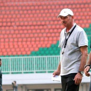 Kabar Duka, Eks Pelatih Timnas Indonesia Alfred Riedl Meninggal Dunia