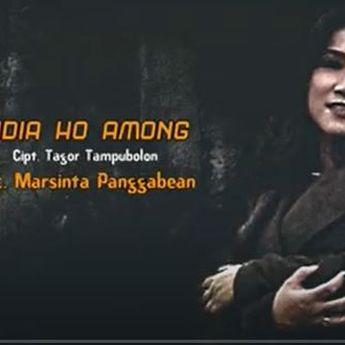 Lirik lagu batak 'Di Dia Ho Among' Yang Dipopulerkan Martha Hutagaol