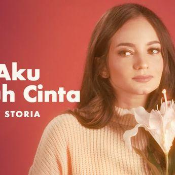 Lirik Lagu 'Bila Aku Jatuh Cinta' - Enzy Storia, Melewati Dinginnya Mimpi