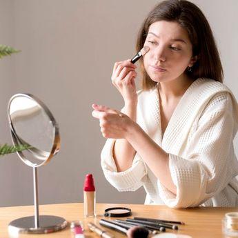 Tes Kepribadian, Make Up Apa yang Selalu Anda Gunakan Tiap Hari?