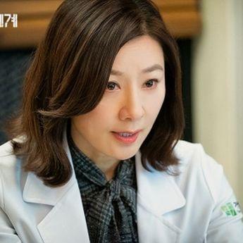 Kim Hee Ae akan Bergabung dengan D.O EXO di Film Terbaru 'The Moon'