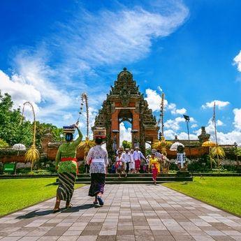 7 Kota Paling Romantis di Indonesia, Ajak Pasangan Berkunjung!