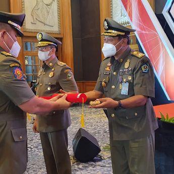 Miliki Komitmen dan Integritas Tinggi, 7 Orang Kasatpol PP Di Indonesia Raih Penghargaan Karya Bhakti Satpol PP