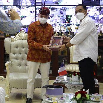 Tingkatkan Kerjasama, Dubes Prancis Temui Wali Kota Surabaya