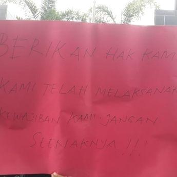 Demo, Ratusan Guru Honorer di Makassar Tuntut Pembayaran Gaji
