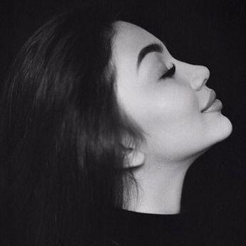 Alami Gangguan Mental saat Remaja, Ariel Tatum Buat Kampanye Ini