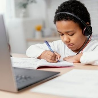 5 Sumber Stres Saat Pandemi, Behavior Consultant: Bahkan Dialami Anak-Anak!