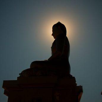 Umat Budha Sumsel Rayakan Waisak dengan Taat Prokes Covid-19