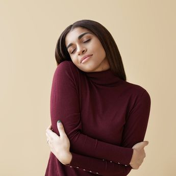 Apa Pentingnya Self Acceptance? Psikolog: Salah Satu Kunci Perkembangan Hidup