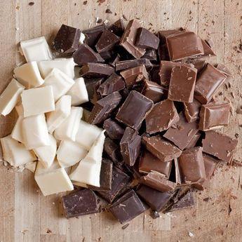 Gak Perlu Bingung! Ini Beda Cokelat Biasa dan Dark Chocolate