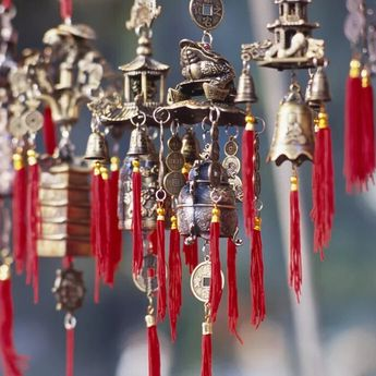 Jimat atau Barang Keberuntungan dalam Feng Shui untuk Semua Shio