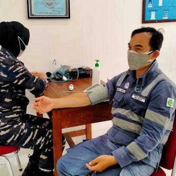 Serbuan Vaksinasi oleh Pangkalan TNI AL Balikpapan Di Balai Kesehatan Mako Lanal Balikpapan