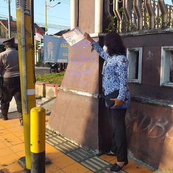 Poster Berisi Sindiran Kepada Pemerintah Beredar di Klaten, Begini Tanggapan Bupati Klaten
