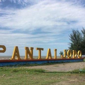 Berkunjung ke Pantai Jodo Batang di Desa Sidorejo, Jawa Tengah
