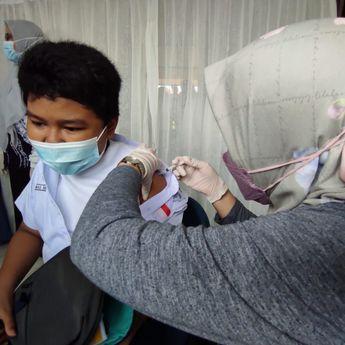 Baru 50 Persen Izin Orang Tua, Vaksinasi Siswa di Banjarmasin Lamban