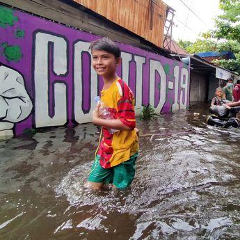 Waspadai Banjarmasin Timur Banjir, Lurah Camat Dikerahkan Bersih-Bersih Drainase