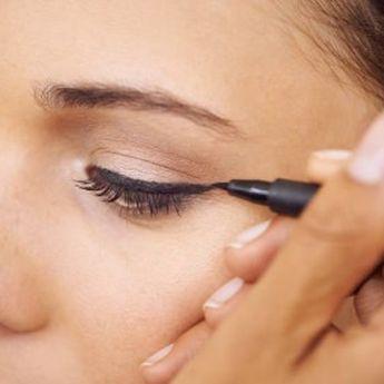 Memasuki Musim Hujan, Ini 5 Rekomendasi Eyeliner Waterproof
