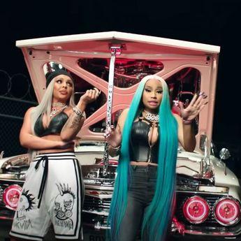 Lirik Lagu 'Boyz' - Jesy Nelson feat Nicki Minaj, dengan Terjemahan