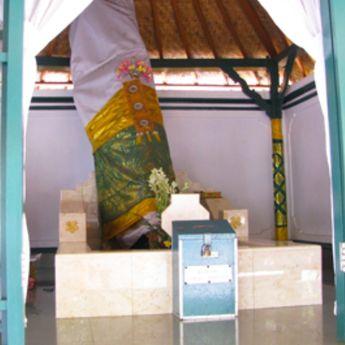Kisah Putri Raja Bali, Gusti Ayu Made Rai atau Raden Ayu Siti Khotijah, Pemeluk Islam