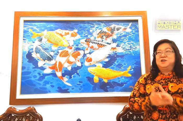 Xiang Yi menjelaskan feng shui lukisan ikan koi