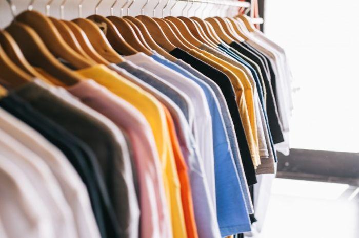 Warna Baju Pengaruhi Gairah Seksual? Warna Ini Bikin Pria Happy
