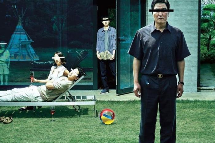 Poster film Korea Selatan peraih penghargaan berjudul Parasite.