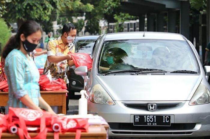 SD & SMP Domsav Semarang Cegah Covid-19, Pengambilan Rapor dengan Drive Thru