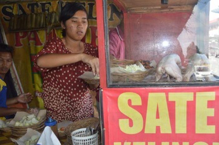 Penjual Sate Kelinci Bandungan
