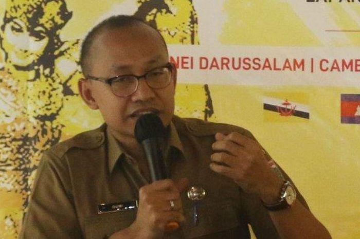 Pelaksana tugas Kepala Dinas Pariwisata Ekonomi Kreatif (Plt Kadis Parekraf) DKI Jakarta Gumilar Ekalaya ditusuk di kantornya