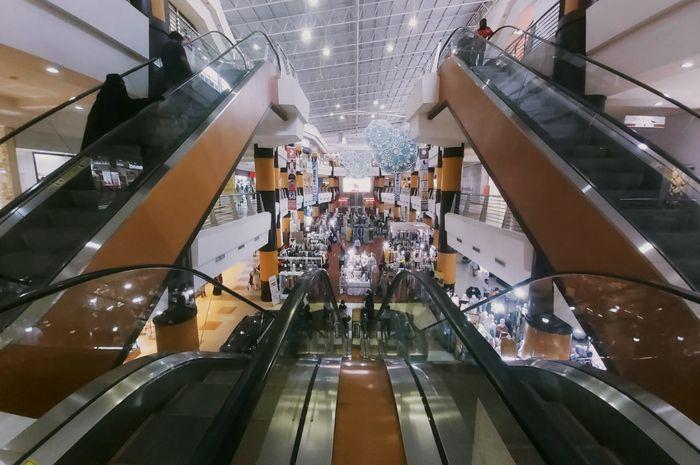 Suasana Duta Mall sebelum penerapan kebijakan penutupan