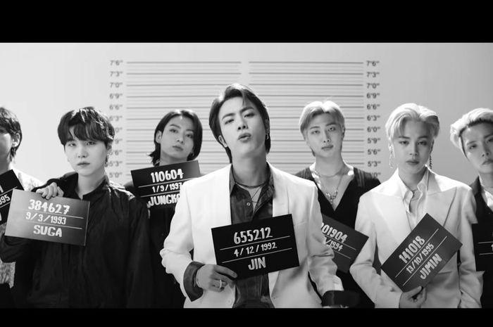 BTS dalam Video Klip Lagu 'Butter'