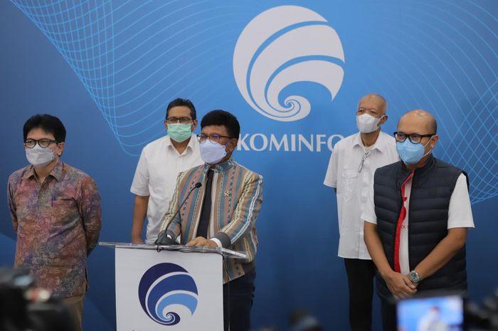 Menteri Komunikasi dan Informatika RI Johnny G. Plate saat mengumumkan Telkomsel sebagai operator selular pertama yang akan menerapkan teknologi 5G di Indoensia