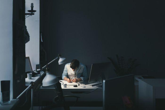 Ilustrasi pekerja keras.