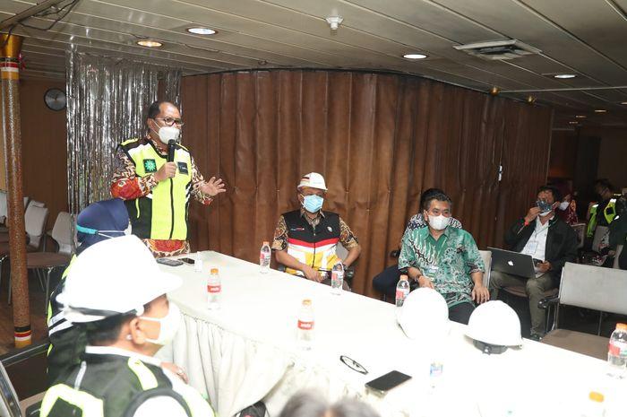 Kunjungan Wali Kota Makassar Danny Pomanto di kapal KM Umsini
