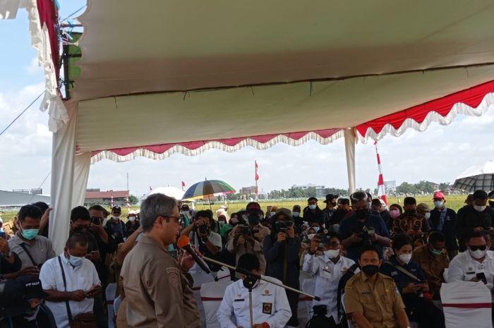 Wakil Menteri Pertanian Harvick Hasnul Qolby saat melakukan kunjungan kerja ke Kabupaten Kubu Raya, Kalimantan Barat
