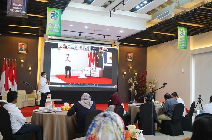 Direktur Utama Pelindo IV- Prasetyadi memaparkan integrasi Pelindo I-IV
