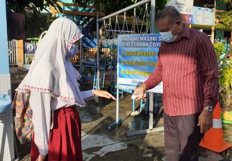 Sudah Sejauh Mana Vaksinasi Covid-19 Guru di Banjarmasin? Cek Faktanya