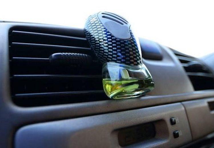 Baru Tahu Sekarang! Taruh Pengharum di Kisi-kisi AC Mobil Ternyata Bahaya, Ini Alasannya