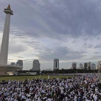 Ada Aksi 212 Hari Ini di Istana Merdeka, Ratusan Ribu Peserta Soroti Pemberantasan Korupsi