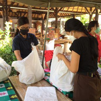 Gerakan Pramuka Peduli, Kwarcab Denpasar Terjunkan Relawan Dukung Dapur Umum Kota Denpasar
