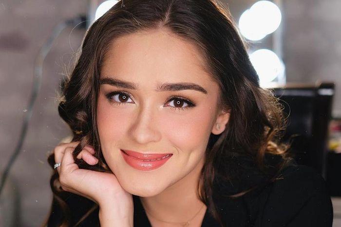 Yasmin Willblood